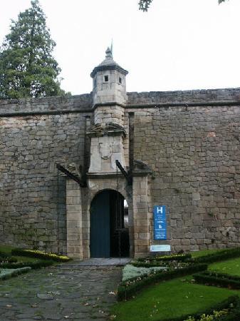 Forte de Sao Francisco: Fort Entrance to the Town