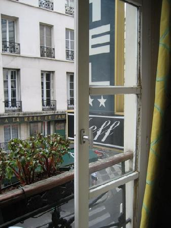 Jeff Hotel- Paris: From our window