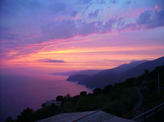 Hotel La Giada del Mesco: Blick vom Balkon bei Sonnenuntergang