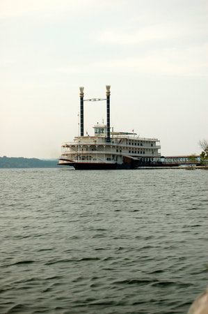 Ride The Ducks of Branson: the Branson Belle from the duck