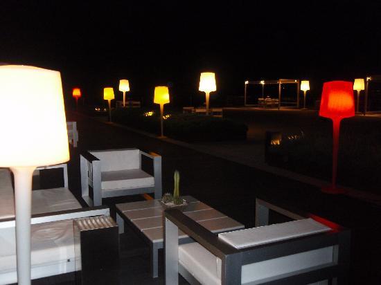 Terraza Del Bar De Noche Picture Of Ac Hotel Palau De