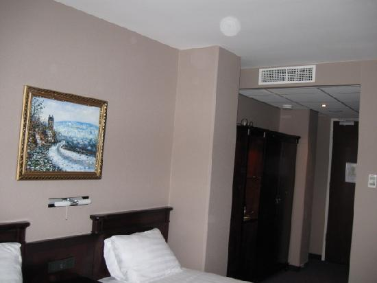 BEST WESTERN Blue Square Hotel: Double room