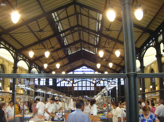 Jerez De La Frontera, Spain: Inside the market
