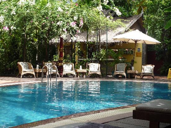 Bopha Siem Reap Boutique Hotel: Swimming Pool