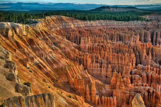 Parco nazionale di Bryce Canyon, UT: Bryce Canyon Just After Sunrise