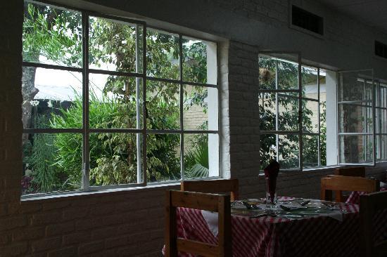 La Brise  Musanze Tourist Lodge: Excellent endroit pour goûter à la cuisine locale et continentale