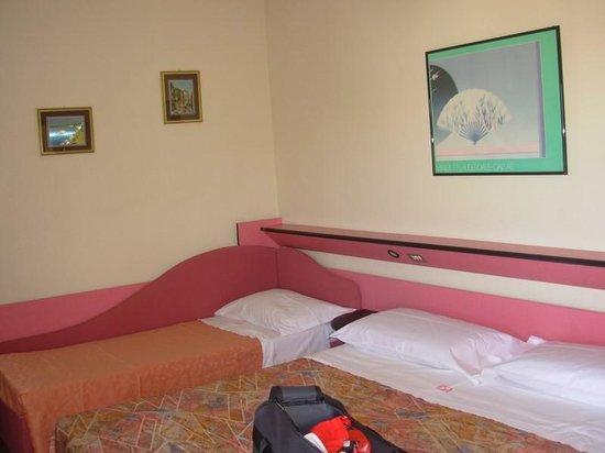 Hotel IDA: Camera (in depandance)