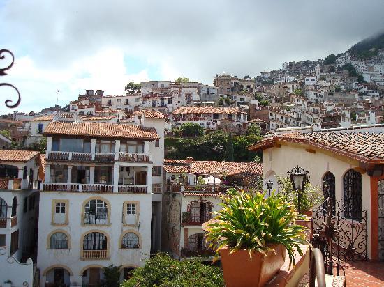 Posada de San Javier : Vista de taxco desde el restaurant de la posada san javier