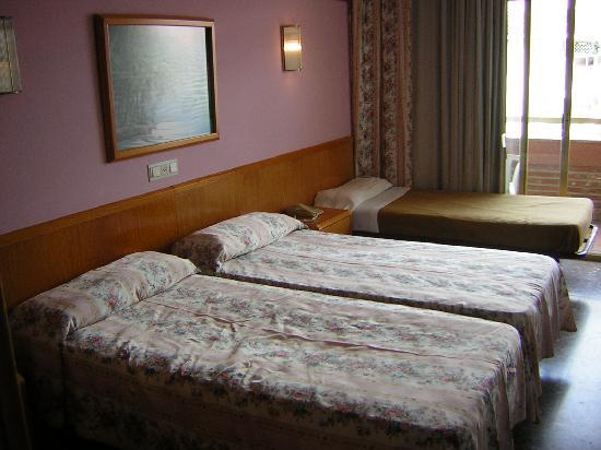 Hotel Esplendid: Habitación