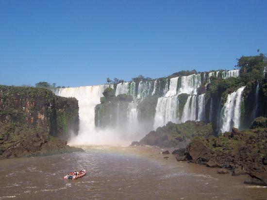 Puerto Iguazu, Argentina: Rumbo al gomon