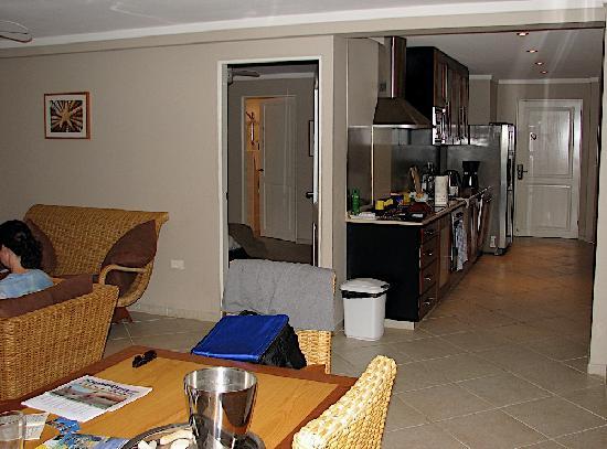 Den Laman Condominium: Interior of a Den Laman 1-bedroom condo (the YellowTail Snapper unit).