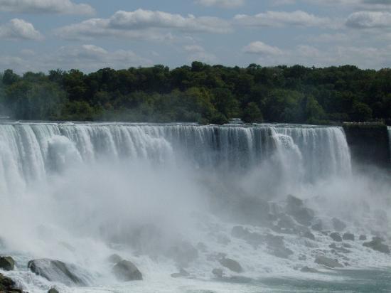 Skyline Hotel & Waterpark: Beautiful Falls