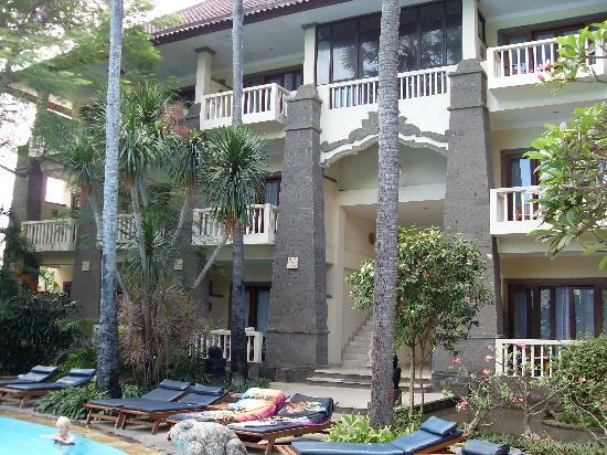 โรงแรมคูมาลาพันไท: Y block at Kumala Pantai