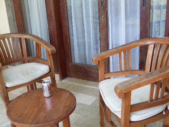 โรงแรมคูมาลาพันไท: Patio of room in Y block