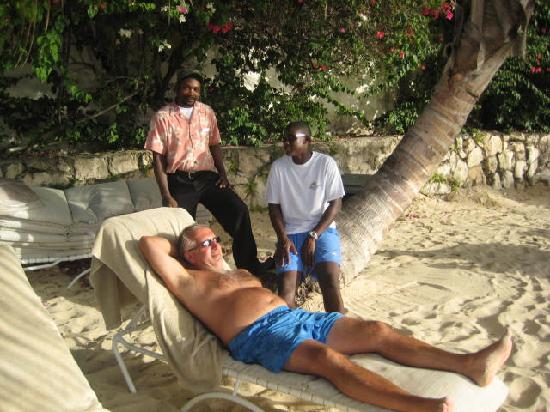 Blue Waters Antigua: chillin with the great staff