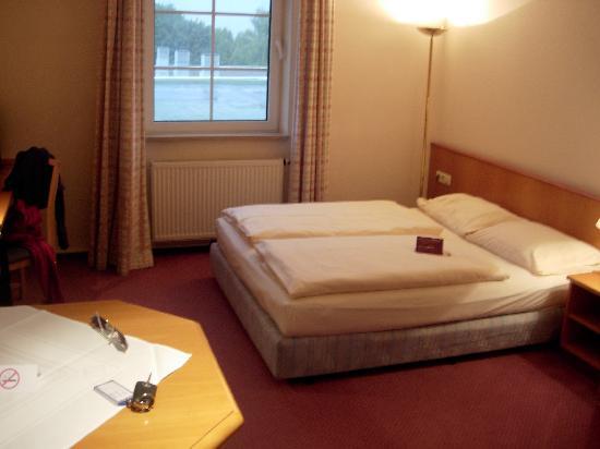 Mercure Hotel München Airport Aufkirchen: chambre
