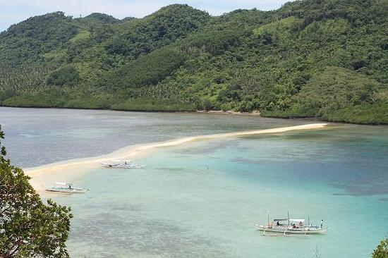 El Nido Resorts Lagen Island: the sandbar that made snake island famous