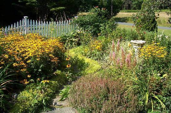 The Johnson Homestead: One of the many flower gardens.