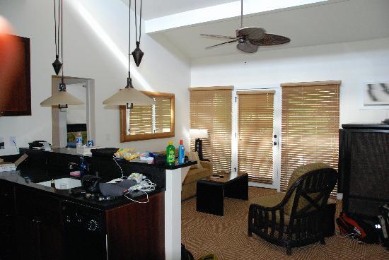 Aina Nalu: Living Room