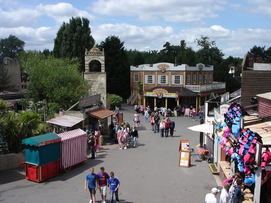 Chessington, UK: decor du parc