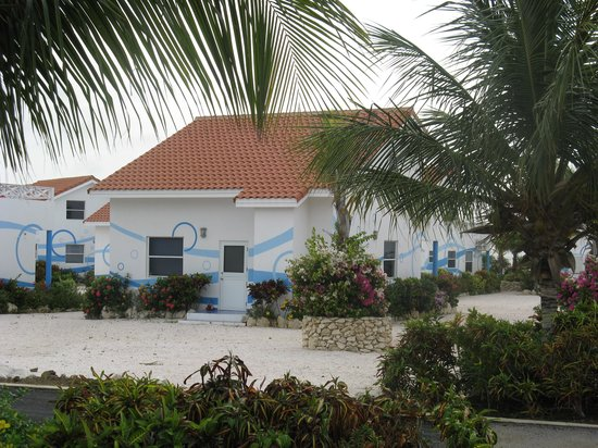 Marazul Dive Resort : Entrance to our unit