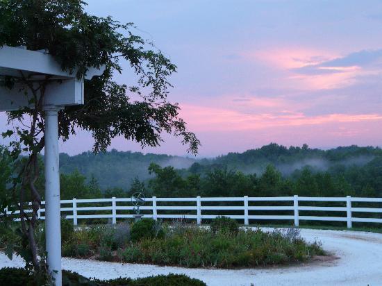 The Red Horse Inn : Sunset