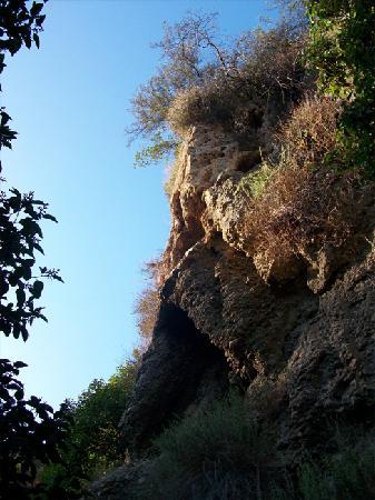 Temescal Gateway Park: Nice Rock. Thank you.