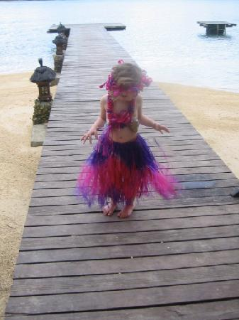 Fatumaru Lodge: Katinka on the jetty