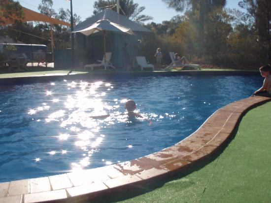 Campground swimming pool picture of ayers rock Campsites in poole with swimming pool