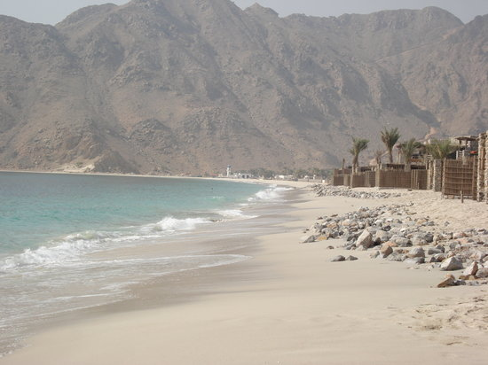 Zighy Bay, Oman: Looking down the beach to the village