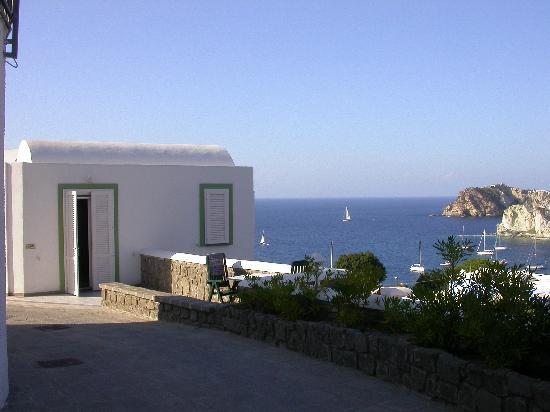 Hotel Villaggio dei Pescatori: L'INGRESSO DELLA CAMERA 406