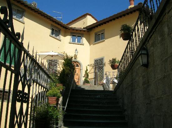 Loro Ciuffenna, Italy: ingresso palazzo
