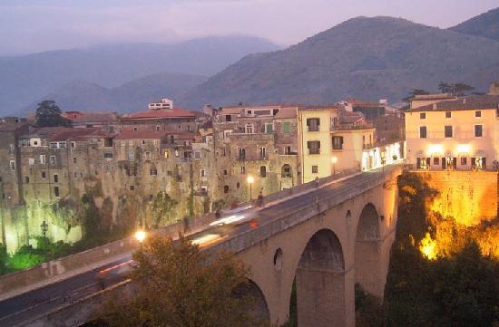 Sant'Agata de' Goti, Italia: 2