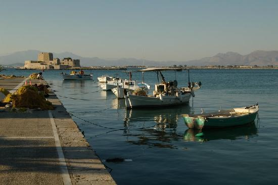 Nauplion Promenade: view of the harbour