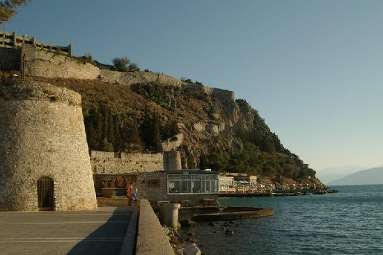 Nauplion Promenade: along the promenade