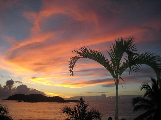 Club Med Ixtapa Pacific: Sunsets were like this every night!