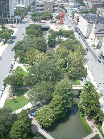 San Antonio Marriott Riverwalk: View from the Concierge Floor