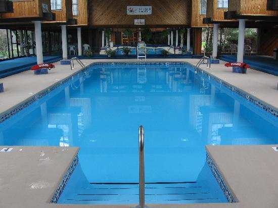 Tanglwood resort updated 2018 prices reviews photos hawley pa apartment tripadvisor for Hotel shambala swimming pool price