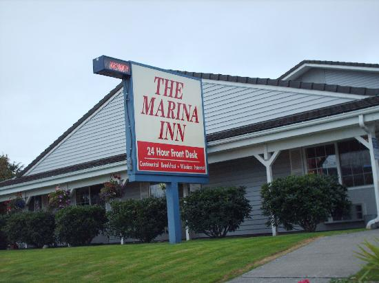 The Marina Inn : Photo out front. . .