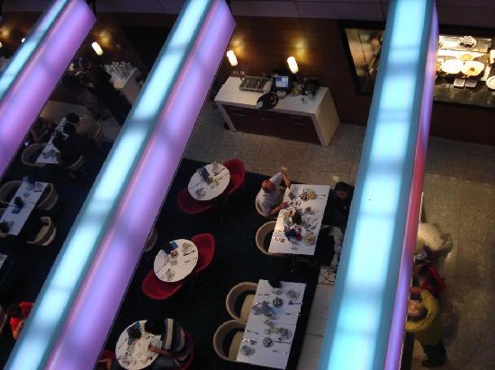 Park Plaza County Hall London: Il ristorante visto dall'alto