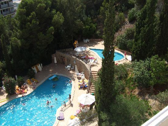 Vista Club Apartments: pool