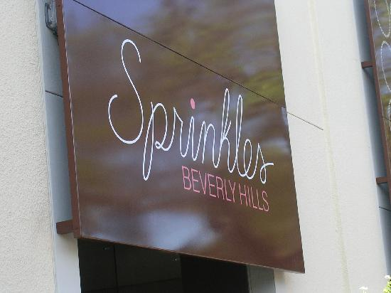 Sprinkles Cupcakes: sprinkles