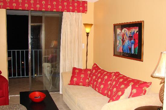 Gulf Shores Surf & Racquet Club: Living room area