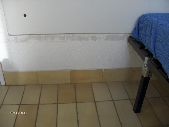 Residence Resitel de Camargue: peinture chambre