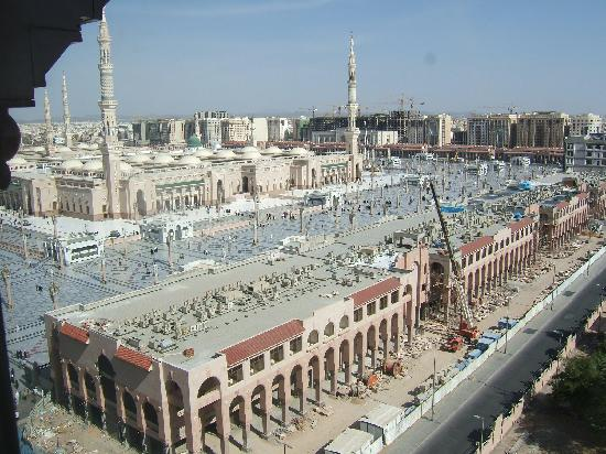 Elaf Taiba Hotel: The view of the Masjid an-Nabi from the room