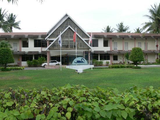 ماندالاي سوان هوتل: Hotel Facade