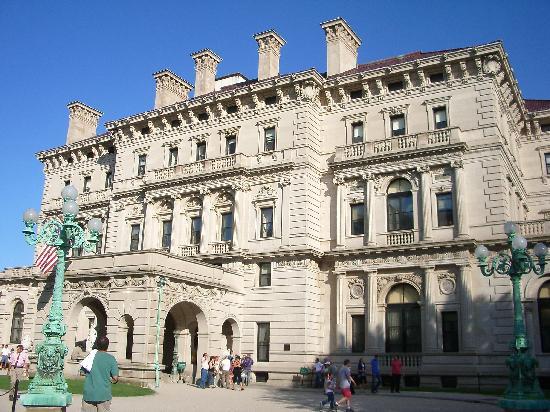 Seekonk, MA: Vanderbilt's Breakers Mansion