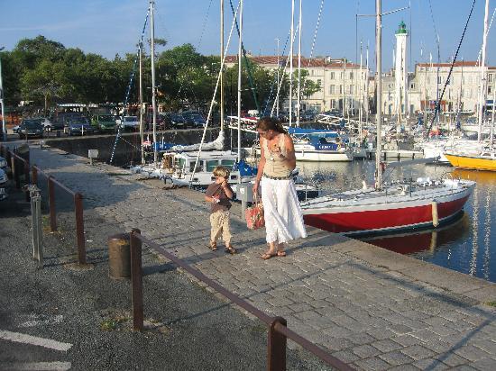 La Garenne family gites: Day trip to La Rochelle