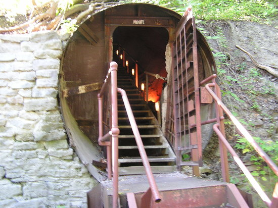 Lockport Cave and Underground Boat Ride