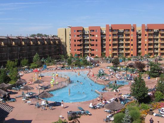 Kalahari Resorts & Conventions: Outdoor pool